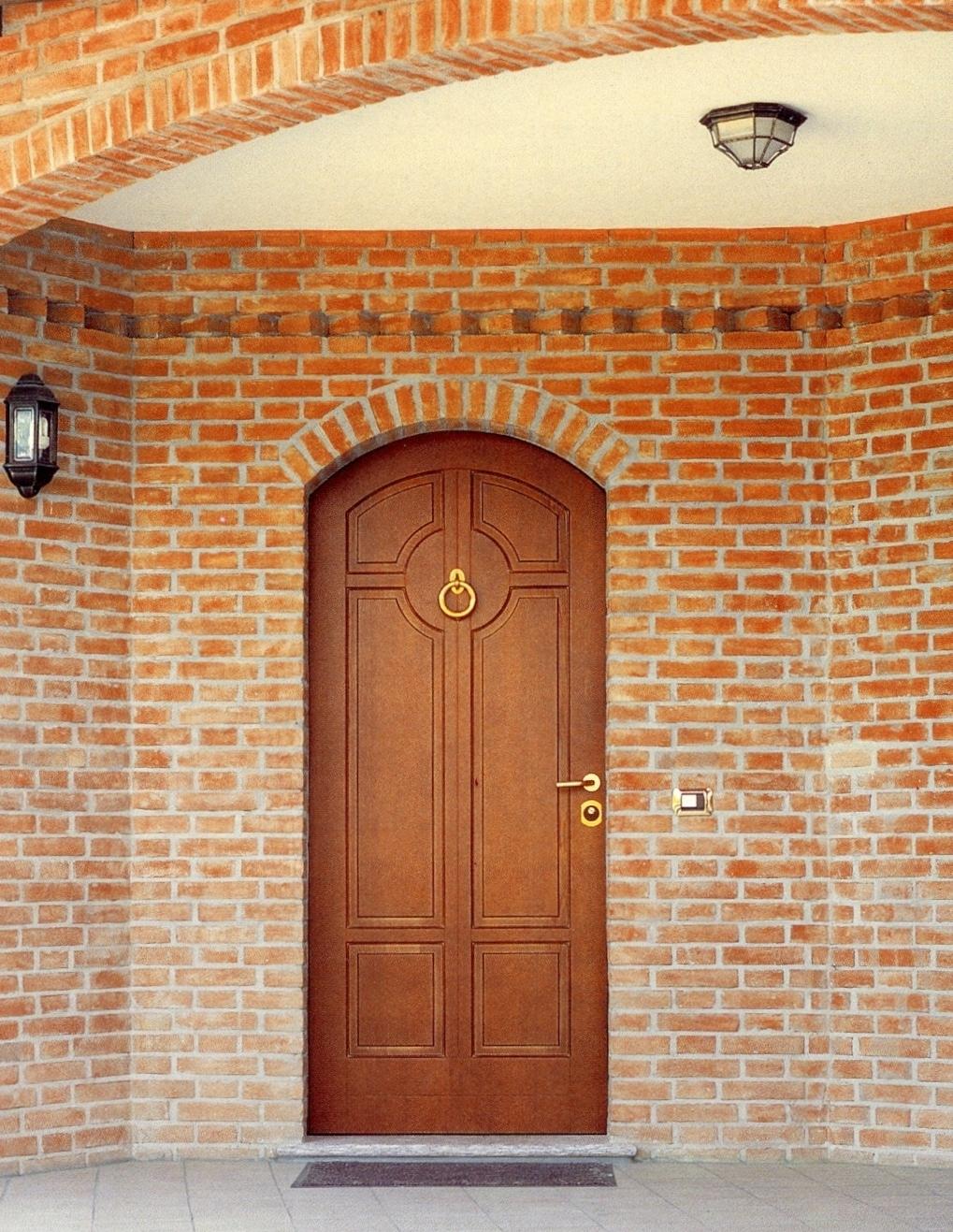 Rivestire le porte blindate torino di legno massiccio - Porte ad arco ...